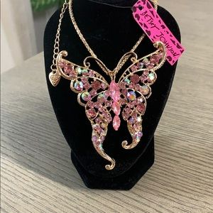 Betsey Johnson Large Butterfly Pendant Necklace 🆕